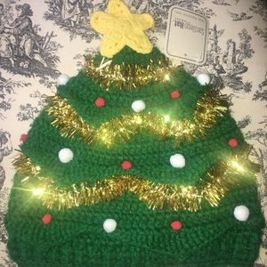 SAN DIEGO CHRISTMAS TREE ORNAMENT BEANIE HAT